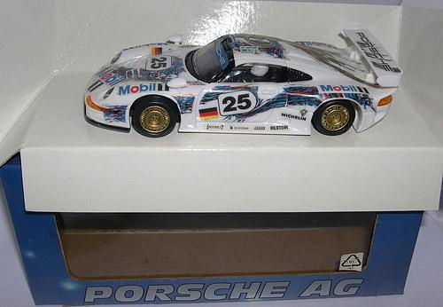 ARTIN 57505 PORSCHE 911 GT1 EVO #25 MOBIL BOUTSEN-STUCK-WOLLEK