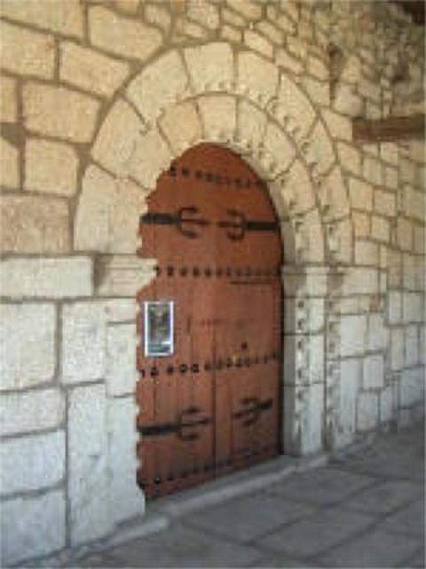 Puerta iglesia (web)