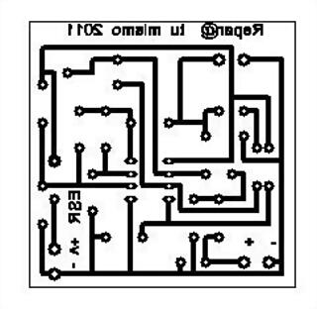 PLACA ESR corresponde al lado de componentes, por lo que para sacar las pistas debeis ponerla al reves.