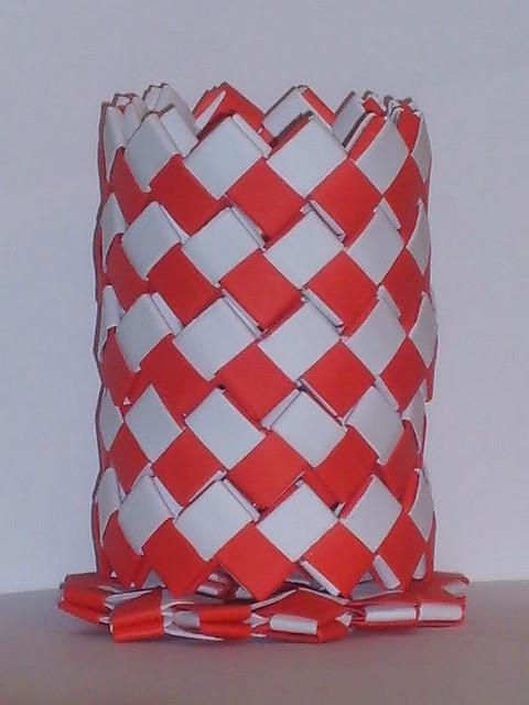 lapicero blanco y rojo