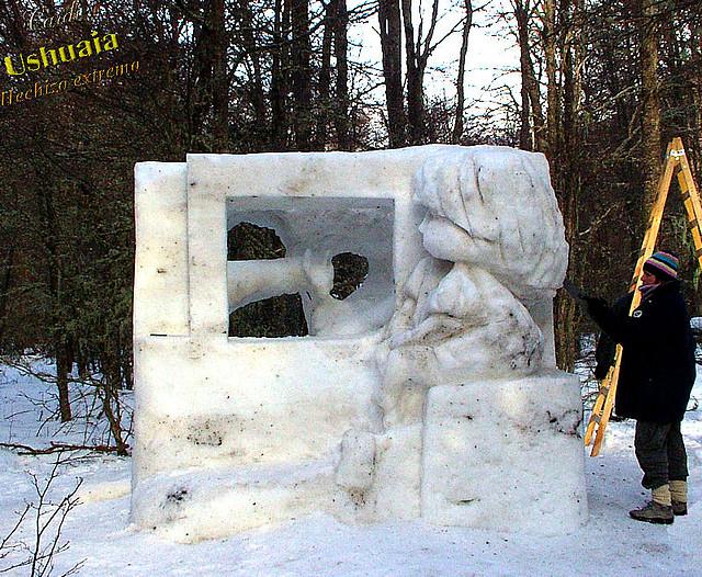 Escultura-en-nieve2010-01