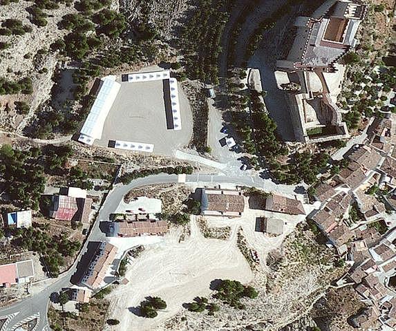 parking castillo Velez