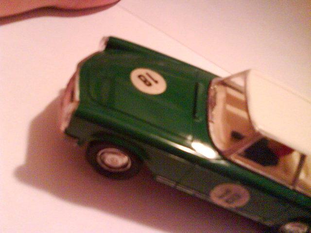 Mercedes EXIN Verde 3