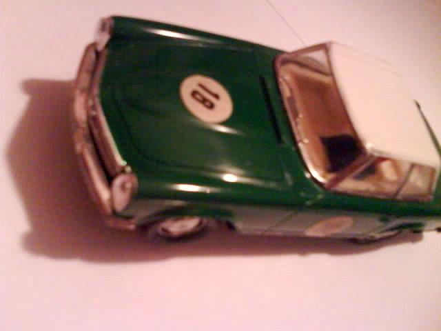 Mercedes EXIN Verde 2