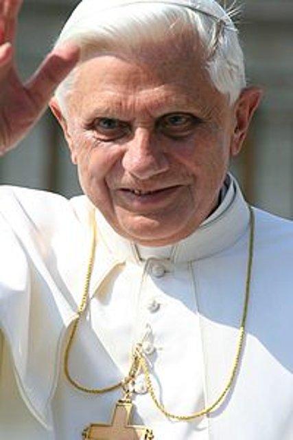 El Papa (Benedicto XVI, Karol Wojtyla)