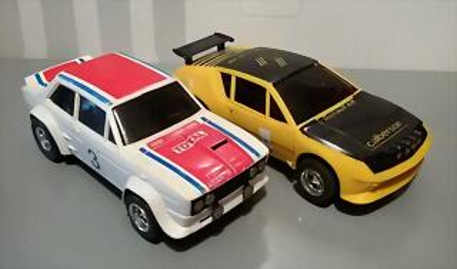 SCX F Fiat 132 & Alpine 310 (1)