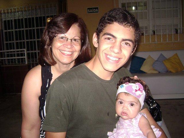 Eu,meu filho caçula e minha netinha