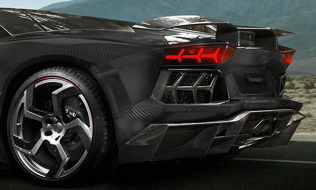 Mansory-Lamborghini-Aventador-Carbonado-Black-Diamond-rear (1)