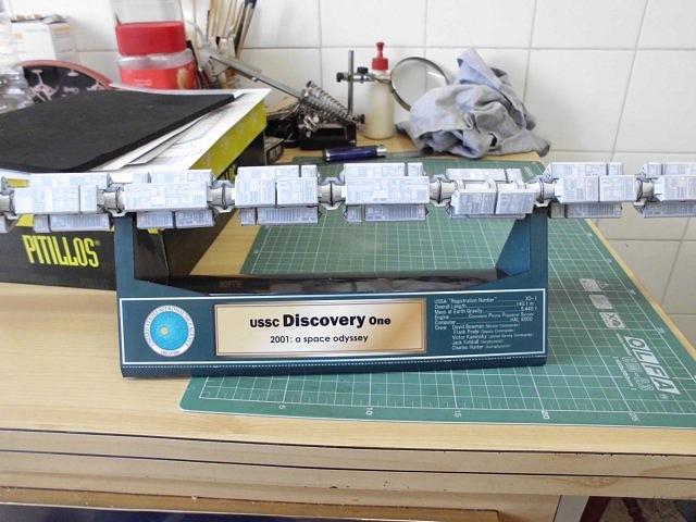 Discovery One (2001: Una Odisea en el Espacio) 31507D4B092850283D391E502837CE