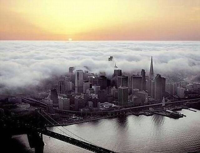 Nubes sobre la Ciudad