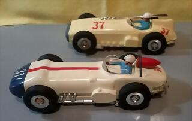 Marx Indy cars (2)
