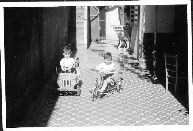 chicos motorizados
