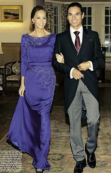 Vestidos y Peinados de Madrinas de Honor La Carlota