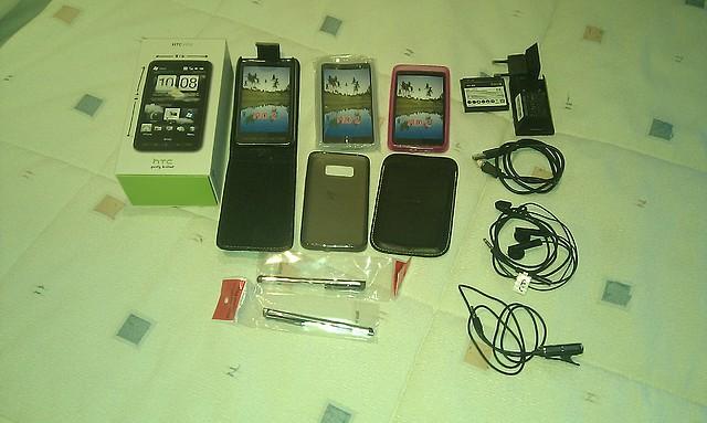 [VENDO] HTC HD2 con ANDROID (libre de fábrica, 1año de uso) y BLACKBERRY 9300